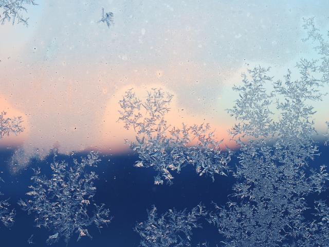 フロントが凍りつく真冬は特に注意